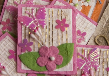 Picture of Scrappy Do Flower Small Embellishment Pink